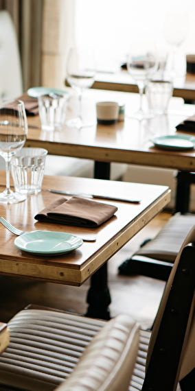 Parler en public au cours du dîner - Dîner