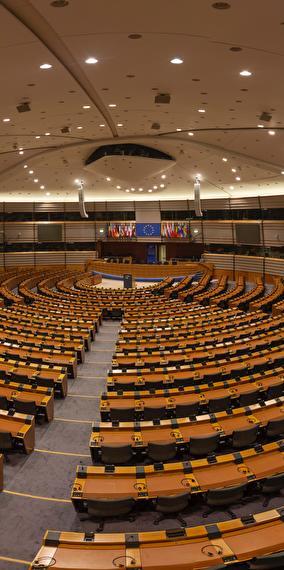 Internet et le marché européen dans une perspective historique - Conférence