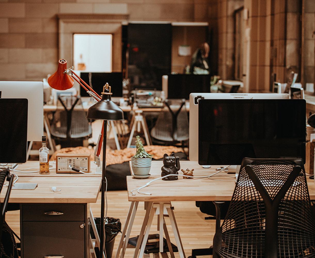 5 astuces pour profiter de ton bureau pendant l'été au 🇱🇺